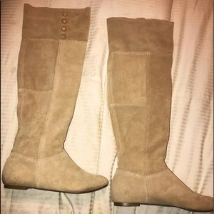 Chinese laundry beige suede boots